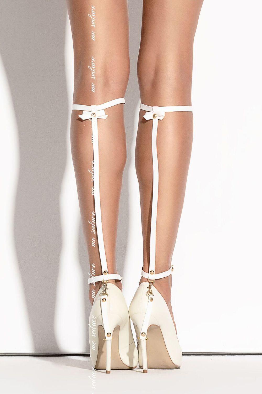 Белое украшение на ногу SO 01 фото