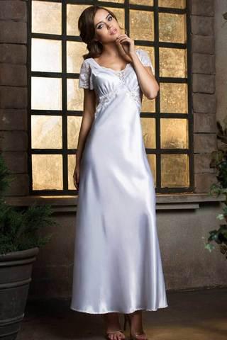 Элегантная длинная сорочка полуприлегающего силуэта из гладкого шелка-сатина