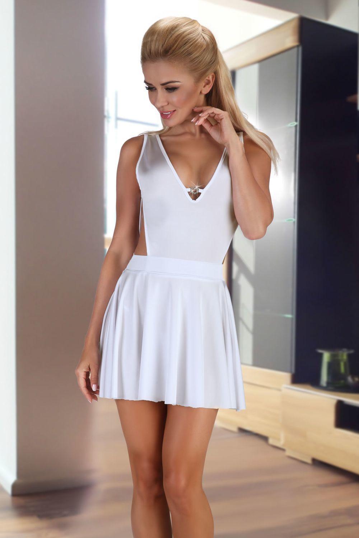 Белая атласная сорочка Severine, в комплект идут стринги фото