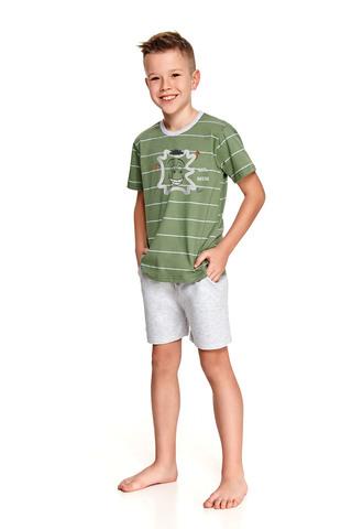 Хлопковая пижама Karolek для мальчиков состоит из футболки и шорт