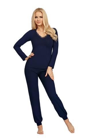 Пижамы Blanka темно-синего цвета состоит из кофты с длинными рукавами и брюк