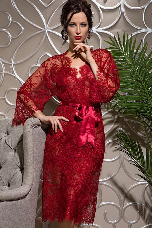 Длинный халат Mia-Amore выполнен из ажурного кружева Шантильи (Сhantilly) c изысканным рисунком по низу и рукавам фото
