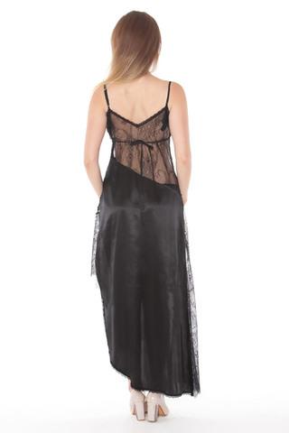 Женская сорочка выполнена из кружевного полотна в сочетании с шелком