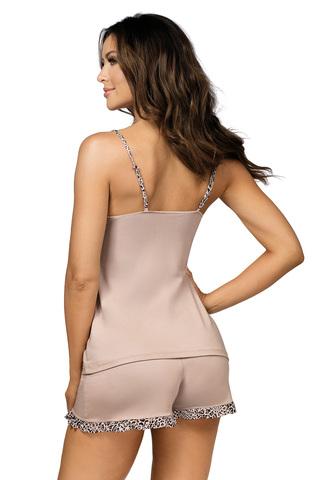 Пижама из нежной вискозы Selma бежево-розового цвета с леопардовым принтом состоит из топа и шорт