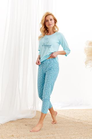Хлопковая пижама Roza состоит из лонгслива с рукавами 3/4 и зауженных бридж
