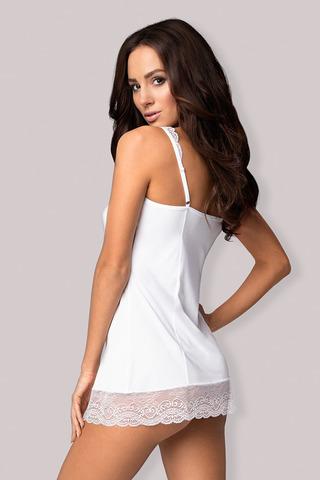 Сорочка Miamor белого цвета выполнена из гладкой ткани в сочетании с красивым кружевом, бретели регулируются