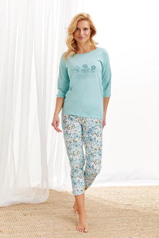 Хлопковая пижама Nina состоит из лонгслива с рукавами 3/4 и бридж