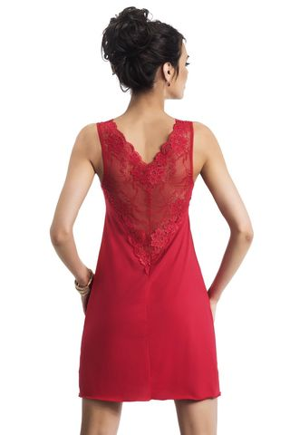 Красная сорочка Kristina с отделкой из ажурного кружева