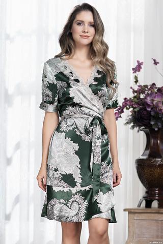 Короткий халат с запахом и поясом Mia-Amore выполнен из принтованного шелкового смесового полотна насыщенного изумрудного оттенка
