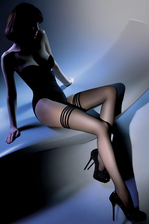 Черные чулки Calze Lux 20 den с резинкой шириной 9 см с тройной силиконовой полосой фото