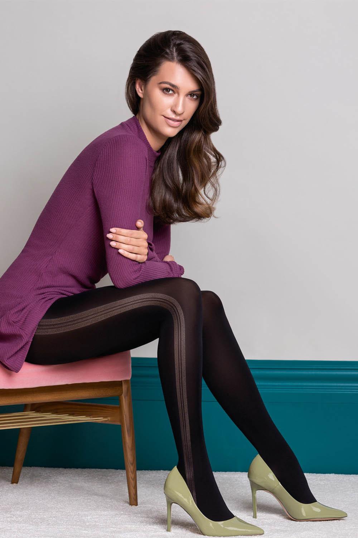 Черные фантазийные колготки Adele c модной полоской на внешней стороне ног фото