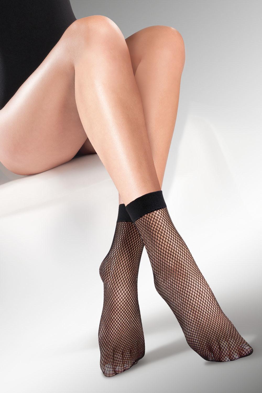 Черные носочки Kabarette 151 в мелкую сеточку с мягкой резинкой фото
