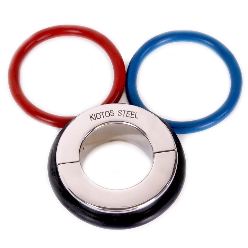 Металлическая утяжка на мошонку с 3-мя кольцами в комплекте Ball Stretcher 45 mm - With 3 Rubber Rings (Black, Red & Blue) фото