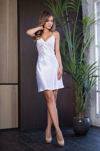 Платье домашнее женское полуприталенного силуэта из однотонного сатина на регулируемых бретелях