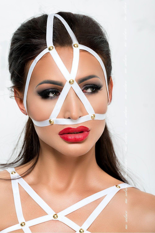 Белая маска MK10